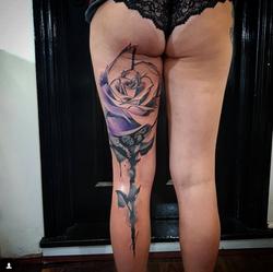 piink-tattoo-piercing-emil-tattoostudio-basel-rose