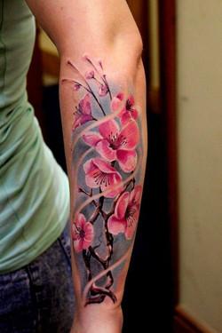 piink-tattoo-piercing-niuniek-tattoostudio-basel-blumen