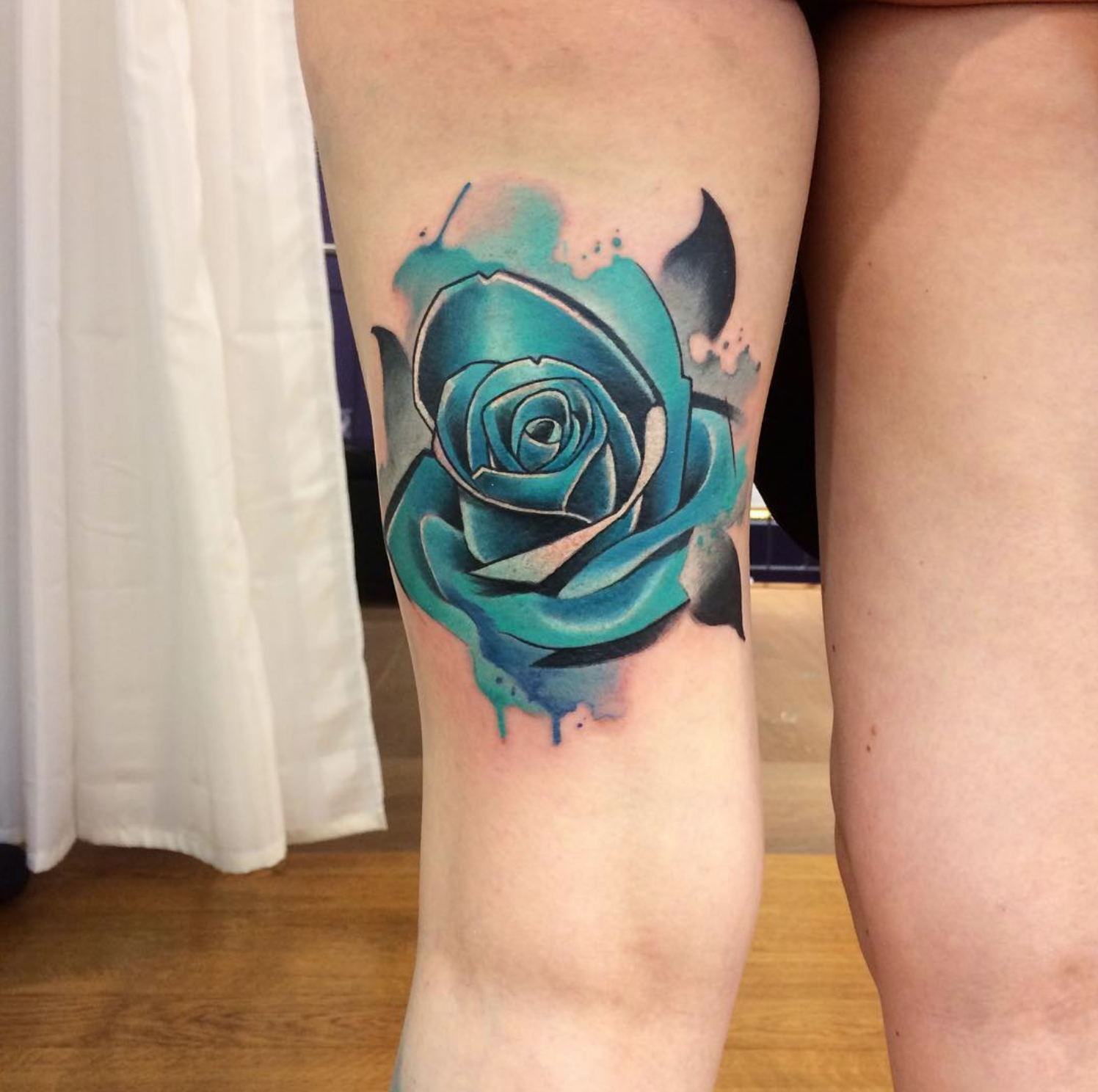 piink-tattoo-piercing-emil-tattoostudio-basel-rose