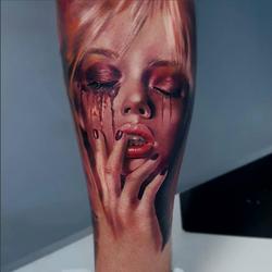 piink-tattoo-piercing-niuniek-tattoostudio-basel-face