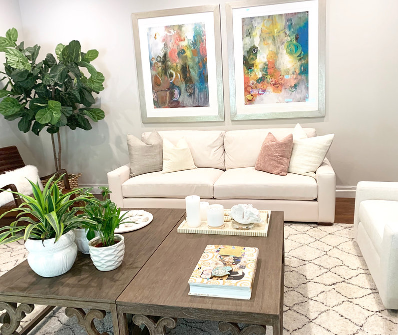 Shelley Sass Designs www.shelleysassdesigns.com 858-255-9050 Interior Designer obsessed with stunning spaces! shelley@shelleysassdesigns.com