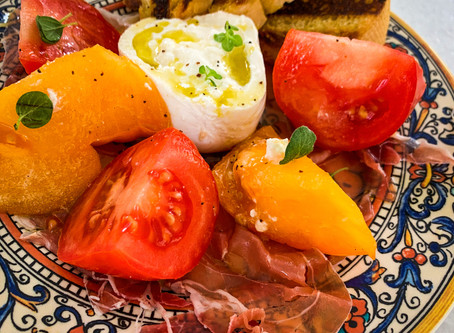 Heirloom Tomato, Burrata and Prosciutto with Crostini