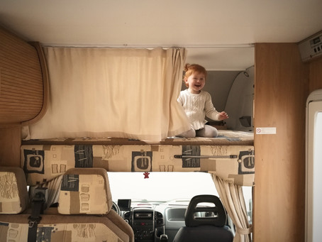 First sleepover in the camper: dreams come true!