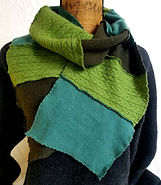 wix scarves nov30001.jpg
