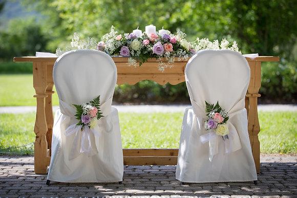 W7  Wedding ceremony flowers