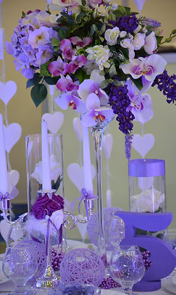 T112-Purple flower centrepieces
