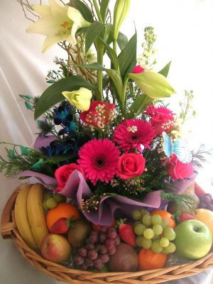 FB1 Flower and fruit baskets