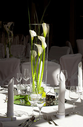 T127-Tall vase with cala lilies