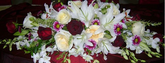 HTL-Head table flowers with lilies