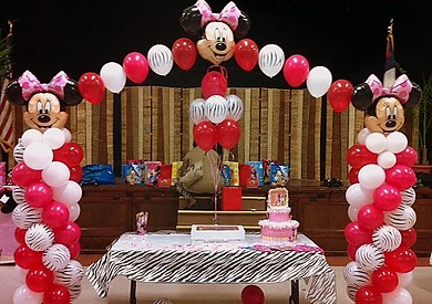MICKEY MOUSE BALLOON ARCH.png