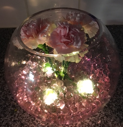 cc1-Carnation centrepiece with lights