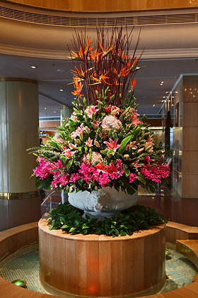 LH1-Hotel flower arrangment
