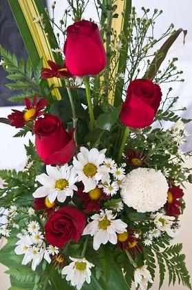 SH18 Flower arrangement bouquet