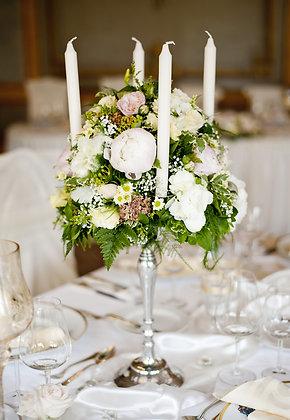t136 Flower candelabra centrepiece