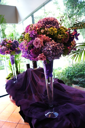 t133 Colourful tall flower centrepiece