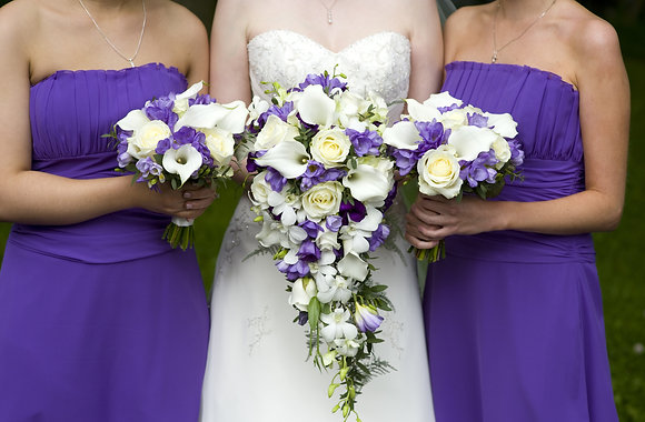 W4 Bride and Bridesmaid flowers