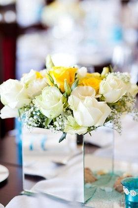 SH20 -Fresh flower arrangement- 8 roses