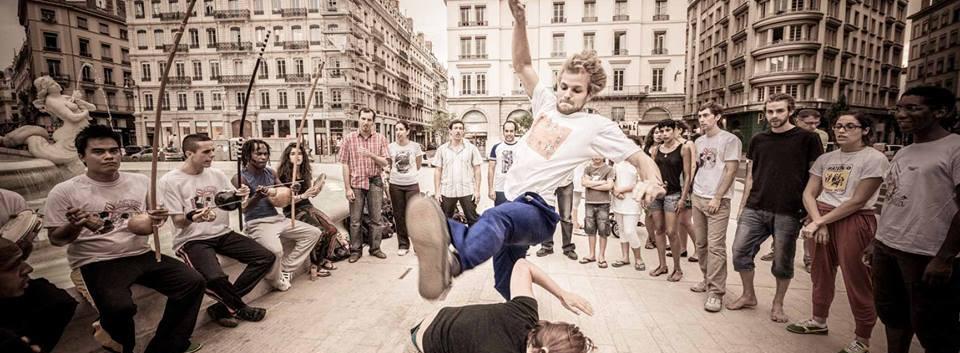 capoeira-lyon-senzala-mestre chão 09.