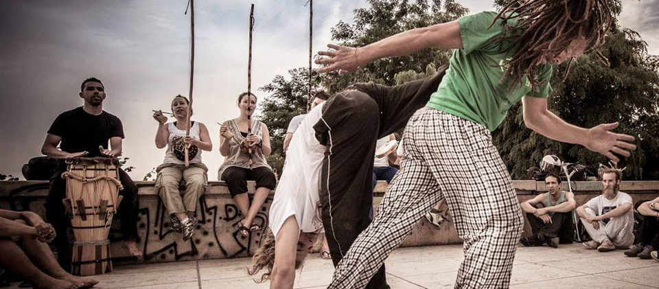 capoeira-lyon-senzala-mestre chão 02