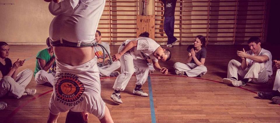 capoeira-lyon-senzala-mestre chão 15