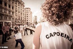 Photo capoeira dans la rue à Lyon