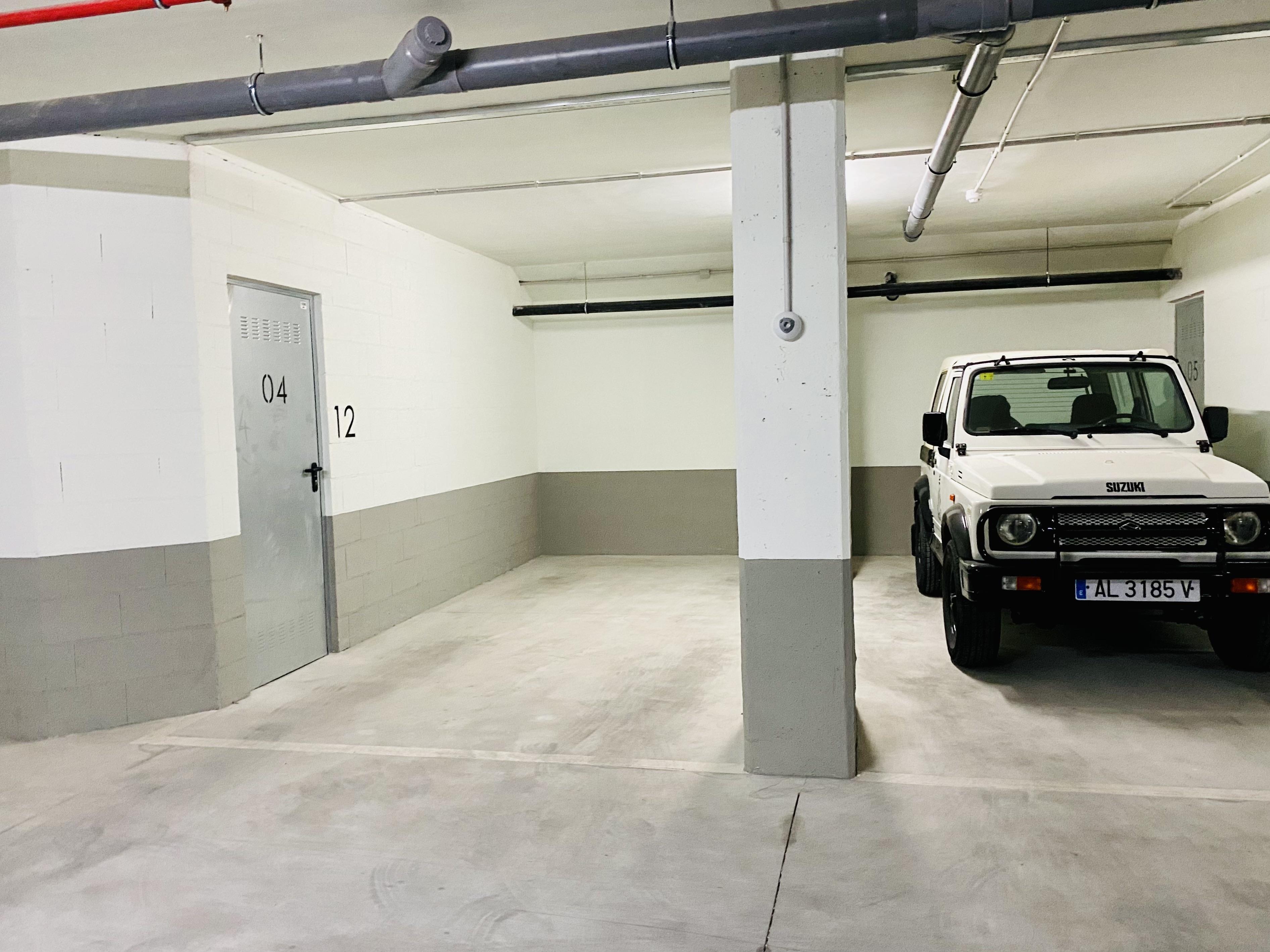 Garage 43B