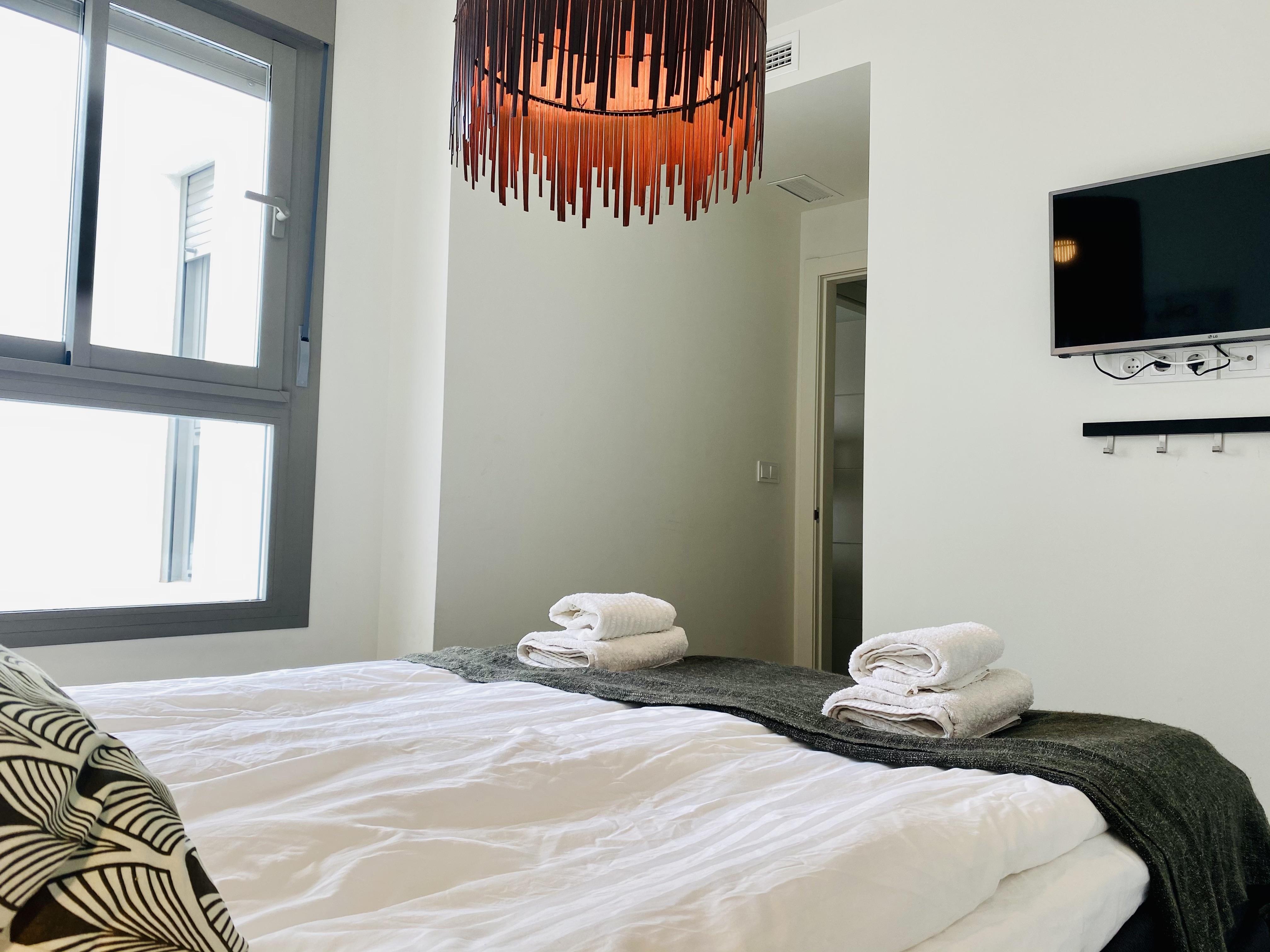 Master sovrum TV fönster