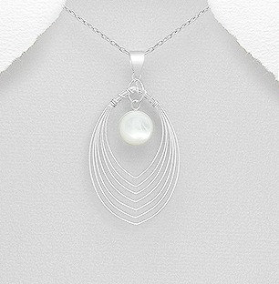 Sterling Silver Pendant Decorated With Shell