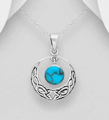 Sterling Silver Circle Celtic Pendant, Decorated with Reconstructed Stone