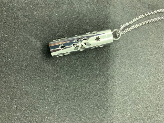 Stainless Steel Aromatherapy Necklace - Tube with flower