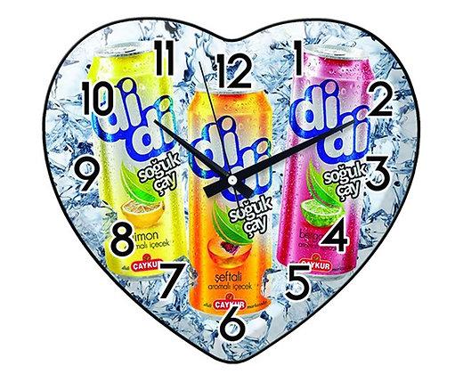 שעון קיר ממותג בצורת לב