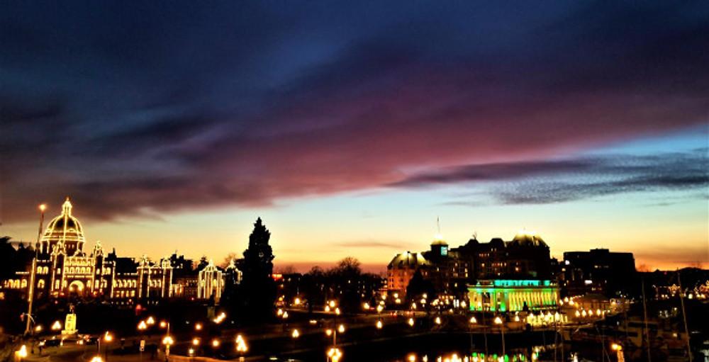 victoria bc sunset monday night