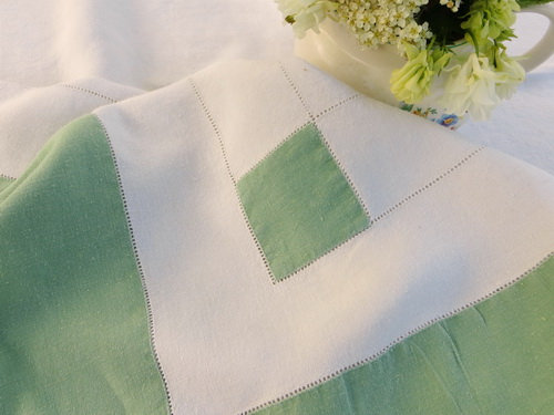 Farmhouse Linen Tablecloth close up