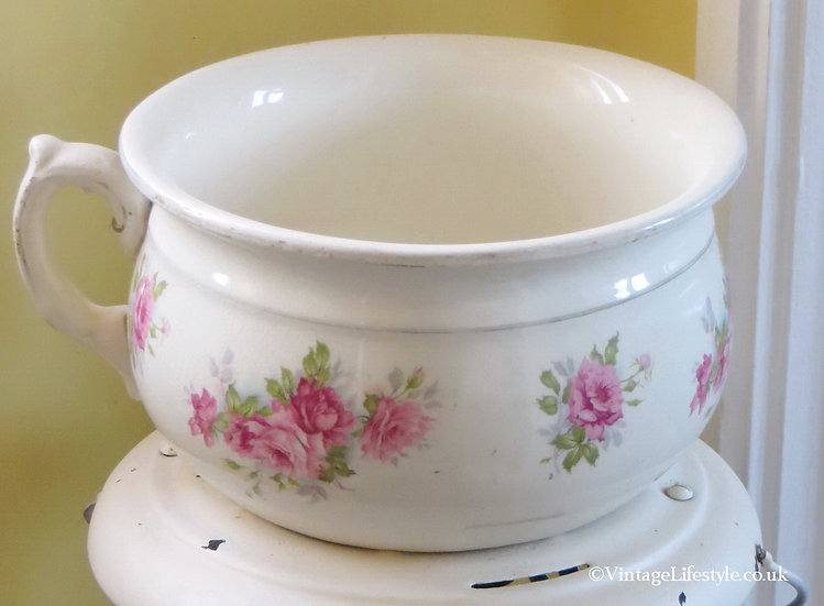 Pink Roses Chamber Pot