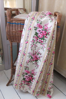 Vintage Rosy French Curtain Panel