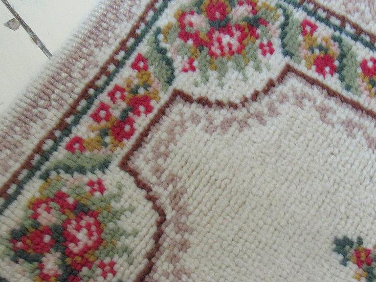 Floral Bordered Soft Wool Vintage Rug