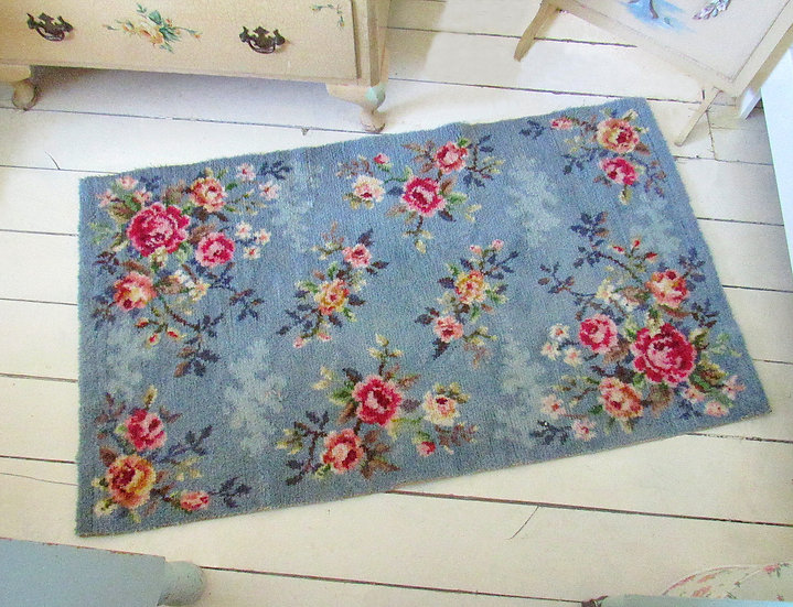Blue Floral  Axminster Rug Red Pink roses