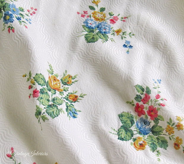 Vintage Colourful Posies Bedspread Floral