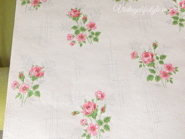 Pink roses 1950's Wallpaper Genuine vintage