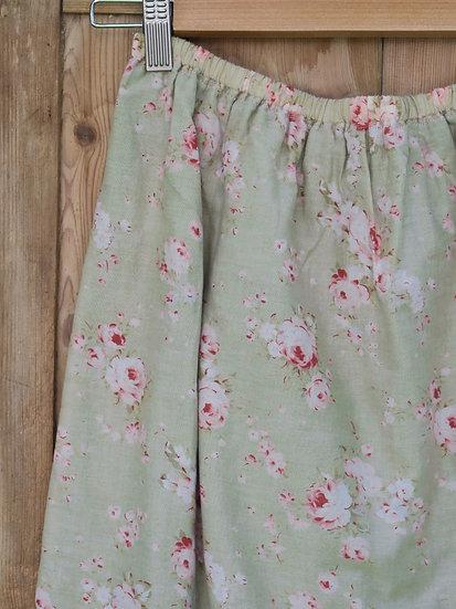 Girls hand made skirt roses