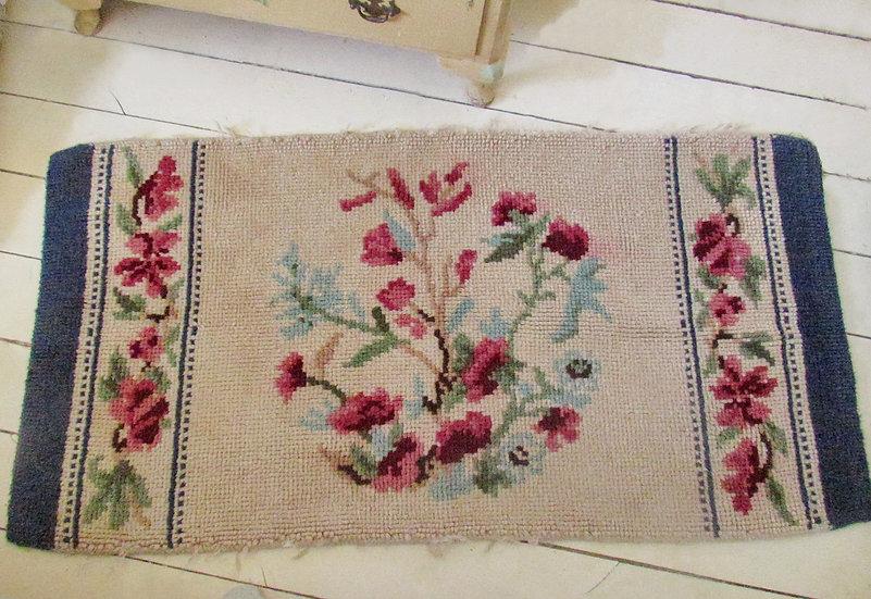 Stylised Floral Vintage Rug 1940's