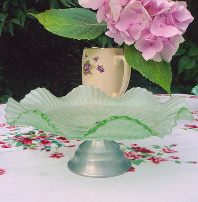 Frosted Green Cake Stand side