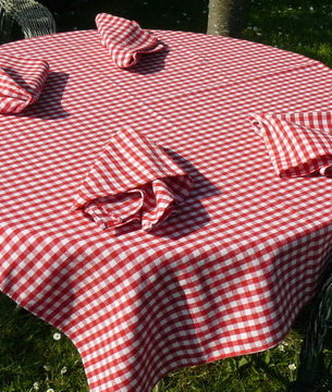 Woven Gingham Tablecloth Vintage
