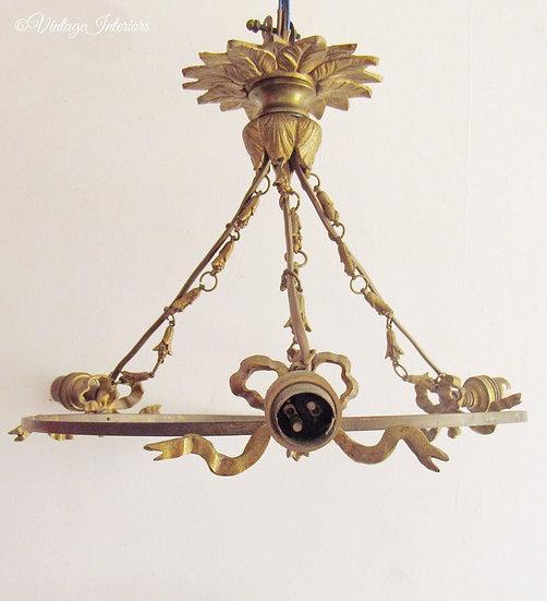 French Bows Ormolu chandelier full