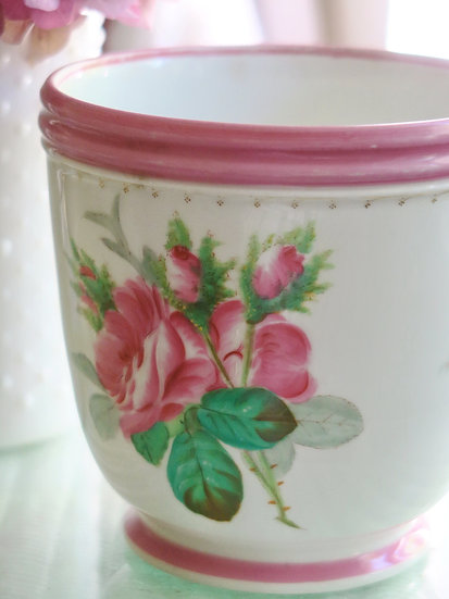 French Floral Panter C1867-82 Pink roses