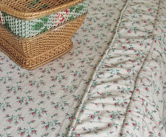 French Linen Rosebuds Bedcover