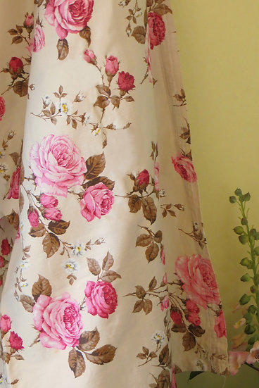 Vintage Pink Roses Curtain & Fabric