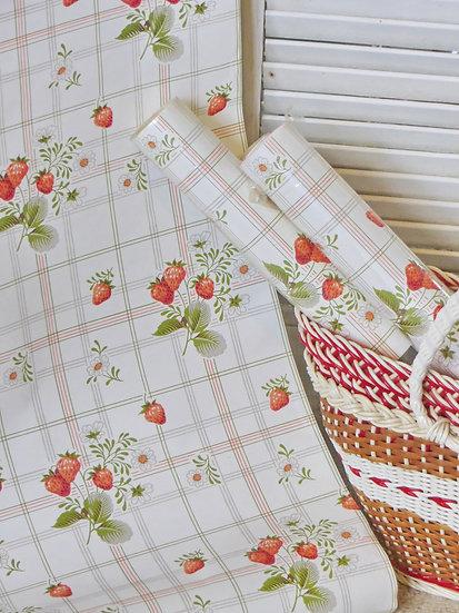 Wild Strawberry Vintage Wallpaper Close up