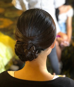 Elegant hairstyle by me ! #hairstylist #