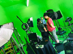 on set green screen 🤩 #hairstylist #hai